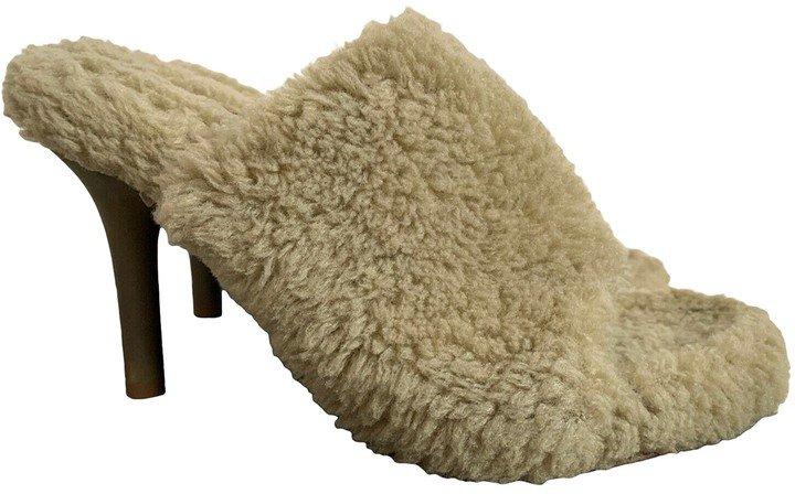Beige Faux fur Sandals