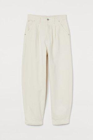 Balloon Ultra High Ankle Jeans - Creme - SENHORA | H&M PT