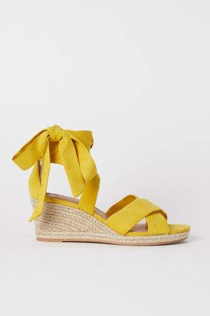 Wedge-heeled Sandals - Yellow