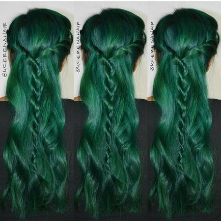 It is high time to try dark green hair dye and all the things you should know