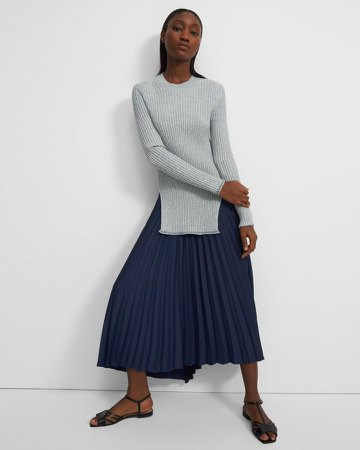Pleated Skirt in Satin Crepe