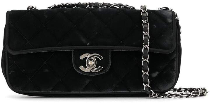 2006 quilted CC shoulder bag