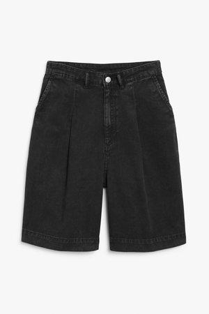 Denim shorts - Washed black - Shorts - Monki WW
