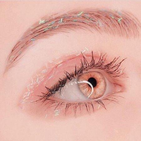 kawaii peach eye