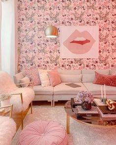 Elle C. // pink monochrome