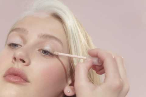 Introducing Lidstar, The New Glossier Product That Was All Over the Oscars Red Carpet - FASHION Magazine