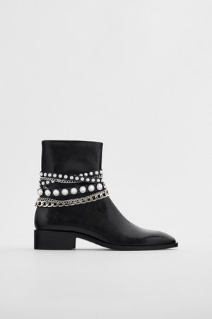 LOW HEELED PEARL CHAIN ANKLE BOOTS | ZARA United States