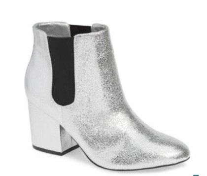 Mia silver boot