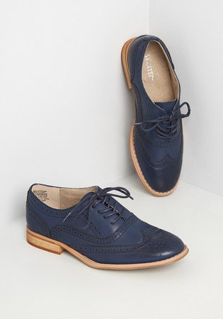 Talking Picture Oxford Flat | ModCloth