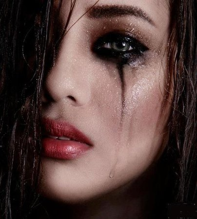 Sad Gothic Smokey Eye