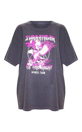 Grey World Tour Surrender Slogan Washed T Shirt | PrettyLittleThing USA