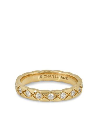 Shop gold Chanel Pre-Owned 18kt yellow gold Coco Crush diamond ring with Express Delivery - Farfetch