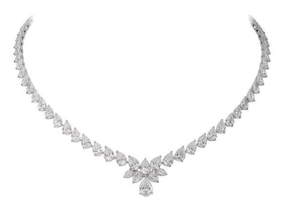 Diamond necklace with pear shaped diamonds