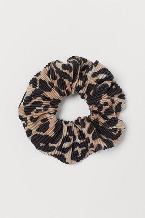 Pleated Scrunchie - Light beige/leopard print - Ladies | H&M US