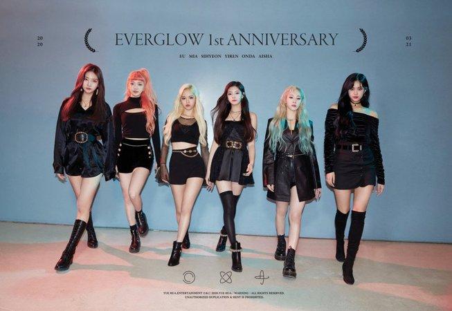 EVERGLOW celebrates their 1st debut anniversary!