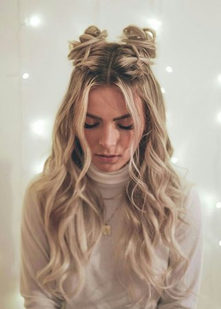 Blonde Gorgeous Half Up Half Down Hairstyle