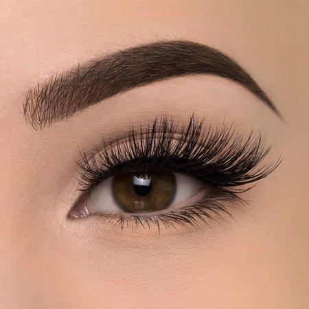 Athena Eyelash – Eyerís Beauty