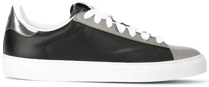 Bay sneakers