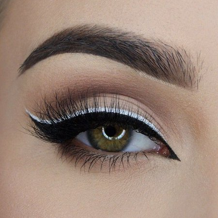 Nude w/ White Liner Eye Makeup