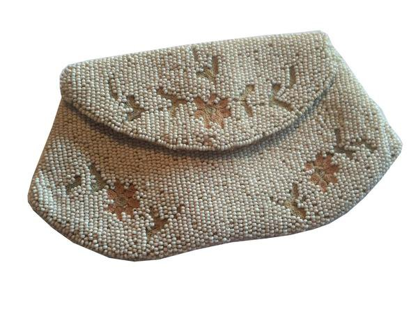 Pale Pink Embroidered Beaded White Envelope Style Bag circa 1930s – Dorothea's Closet Vintage