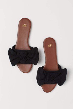 Sandals with Bow - Black
