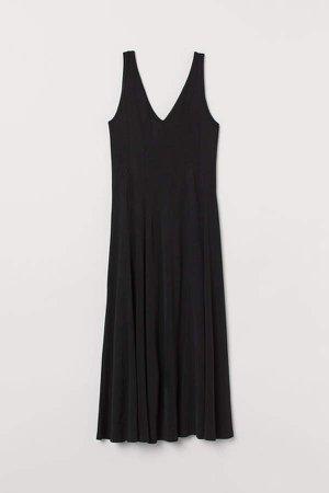 V-neck Dress - Black