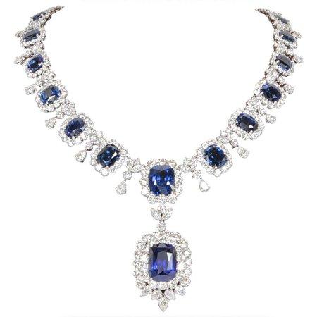 Important Cushion Cut Ceylon Sapphire Diamond Platinum Necklace For Sale at 1stDibs