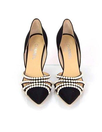 Chanel_black_grosgrain_point_toe_heels_100_9663_2__l.JPG (597×768)
