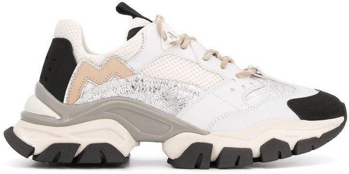 Multi-Panel Design Low-Top Sneakers
