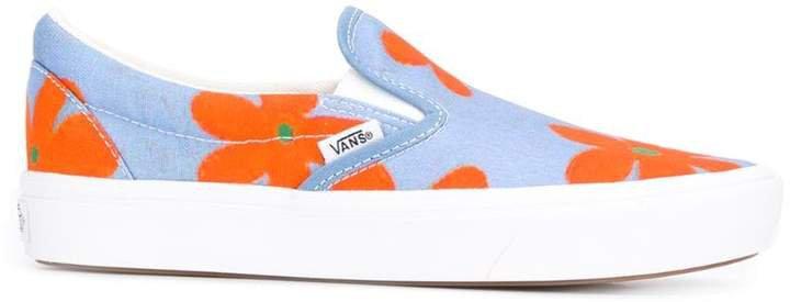 Slip-On X Inés Comfycush sneakers