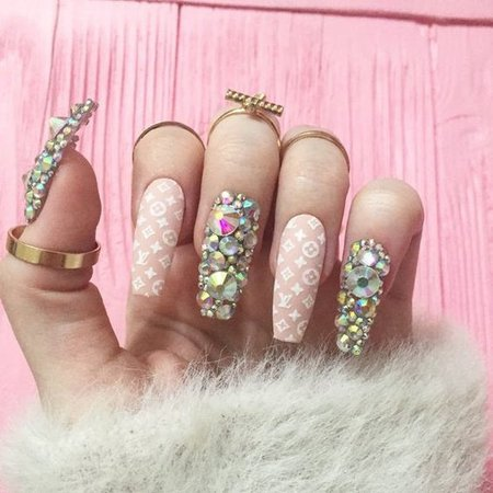 Pinterest - Brand nails, Pink nails, Fake nails, Nail design, nail art, False Nails, Fashion nails, rhinestones | Products