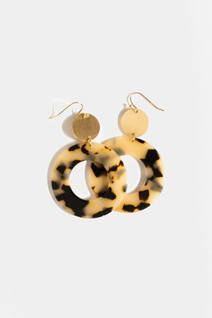 Celina Tortoise Drop Earrings | francesca's