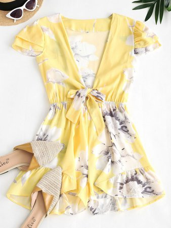 [24% OFF] [HOT] 2020 Floral Layered Cap Sleeve Tie Front Romper In LIGHT YELLOW   ZAFUL