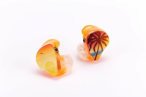 in ear mihi