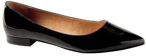 Pointy-Toe Flat