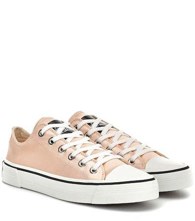 Grunge satin sneakers