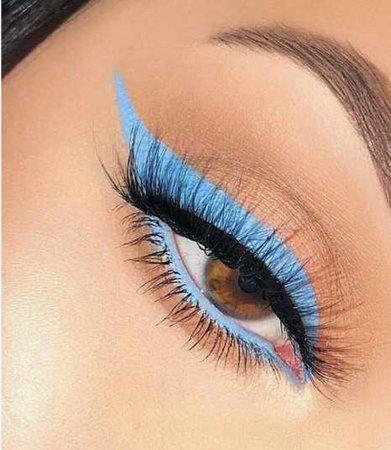 baby blue liner eye makeup