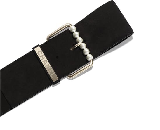 Belt, suede calfskin, gold-tone metal & resin, black - CHANEL