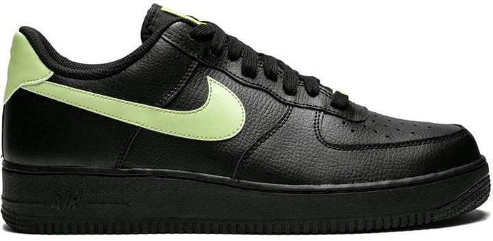 Force 1 '07 trainers