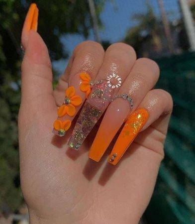 orange 🍊 🧡🧡