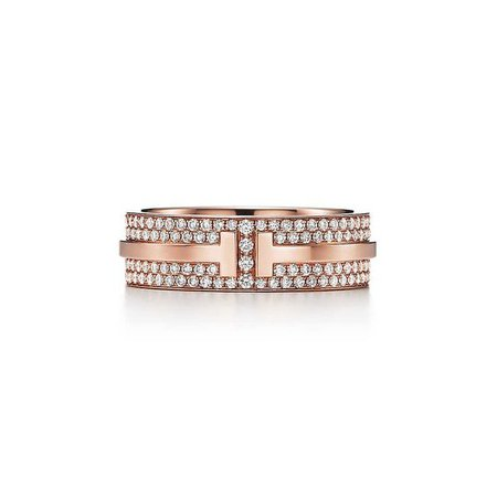 Tiffany T Two ring in 18k rose gold with pavé diamonds. | Tiffany & Co.