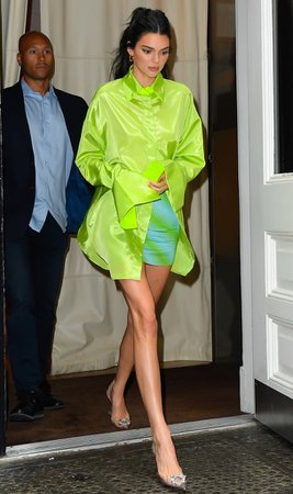 Kendall Jenner Clear Heels With Neon Shirt | POPSUGAR Fashion UK