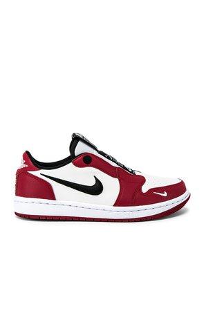 AJ1 Slip Chicago Sneaker