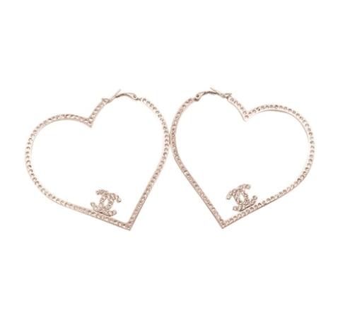 ⊱♔€UROTRA$H♔⊰ - yslgirl: Chanel Gold Heart Pink Crystal Hoop...