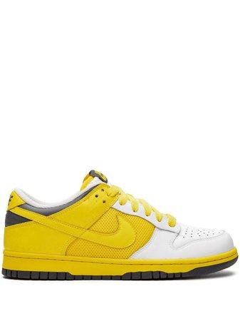 Nike Wmns Dunk Low Sneakers Ss20 | Farfetch.com