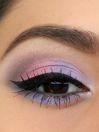 Lavender & Pastel Pink Eye Shadow with Black Winged Eyeliner