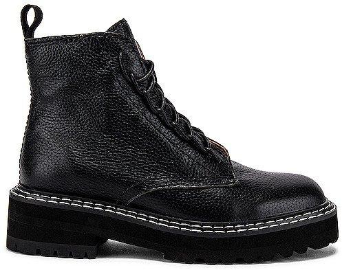 Robin Boot