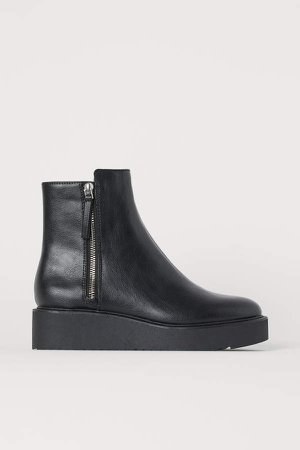 Wedge-heel Boots - Black