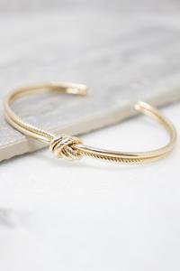 Simply Me Gold Bracelet – Pink Lily