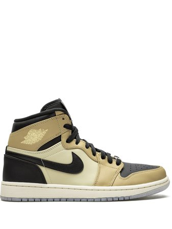 Wmns Air Jordan 1 Retro Sneakers